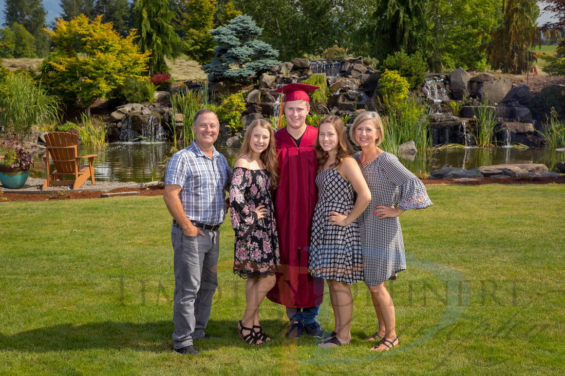 timmydphotography and Timothy Dehnert Photography - Enumclaw Grad and Gown portraits.