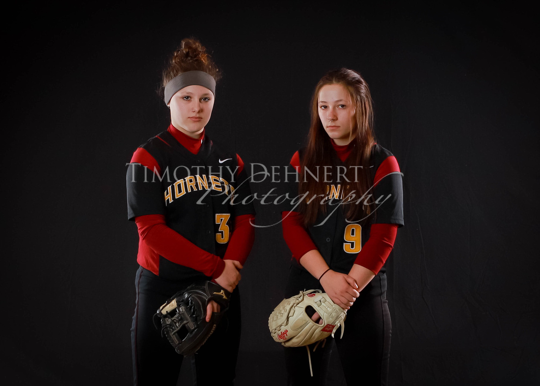 EHS Fastpitch2018-19 (PhotoDay) IMG_3420