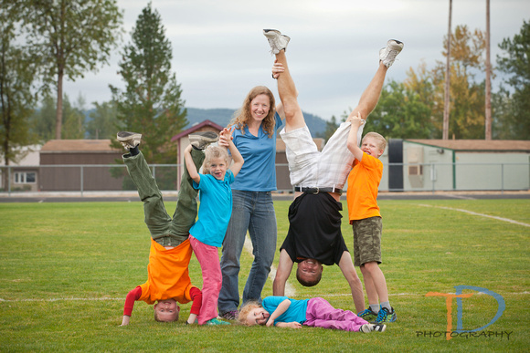 timmydphotography, Enumclaw portrait photography company and team portrait photographer.